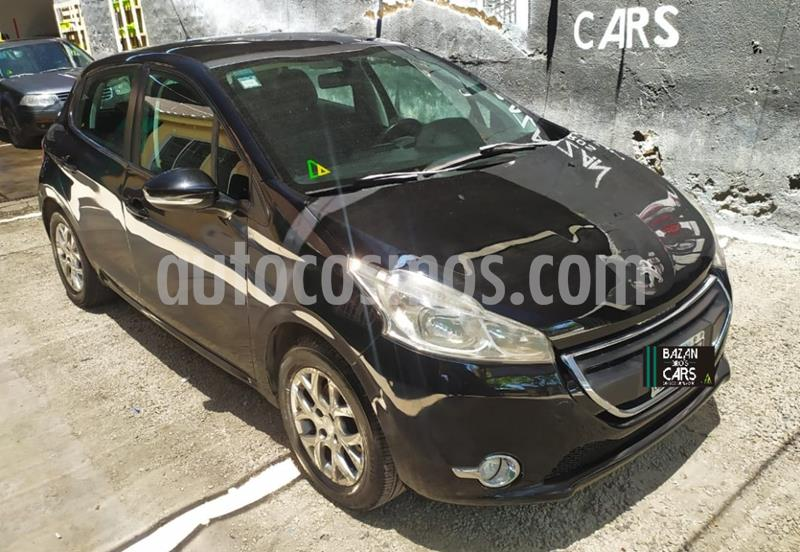 Peugeot 208 Allure 1.6  usado (2014) color Negro precio $910.000