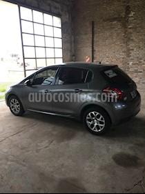 Peugeot 208 Allure 1.6  usado (2013) color Gris Lunar precio $455.000