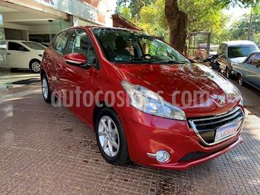 Peugeot 208 Allure 1.5 NAV usado (2015) color Rojo precio $729.990