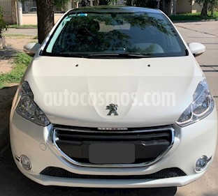 Peugeot 208 Allure 1.5 NAV usado (2014) color Blanco precio $485.000