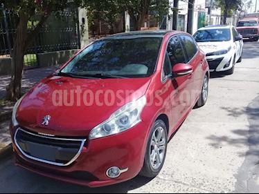 Peugeot 208 Feline 1.6 Pack Cuir usado (2013) color Rojo Lucifer precio $488.000