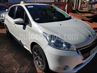 Peugeot 208 1.5 N 8v Allure Touch (90cv) usado (2015) color Blanco precio $710.000