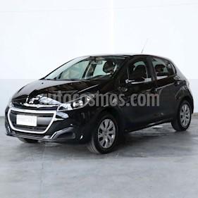 Peugeot 208 Active 1.5 usado (2017) color Negro precio $645.000