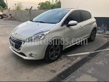 Peugeot 208 Feline 1.6 Pack Cuir usado (2015) color Blanco precio $800.000