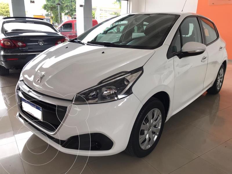 Peugeot 208 Active 1.6 usado (2017) color Blanco precio $1.150.000