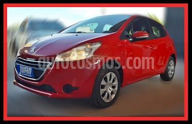 Peugeot 208 Allure 1.5 NAV usado (2015) color Rojo precio $582.000