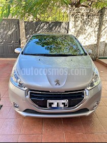 Peugeot 208 Feline 1.6 Pack Cuir usado (2015) color Gris Aluminium precio $830.000