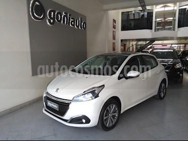 Peugeot 208 - usado (2017) color Blanco precio $650.000
