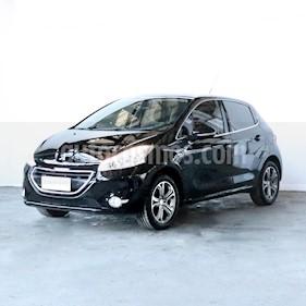 Peugeot 208 Feline 1.6 Pack Cuir usado (2016) color Negro precio $818.000