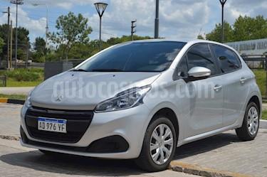 Peugeot 208 Active 1.6 usado (2020) color Gris Aluminium precio $730.000
