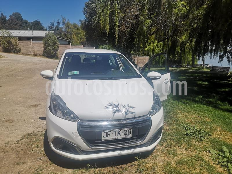 Peugeot 208 1.6L 5P Active BlueHDi 100HP usado (2017) color Blanco precio $8.700.000