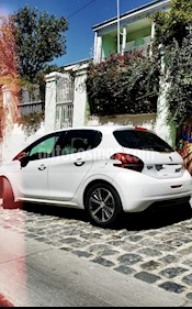 Peugeot 208 1.2L 5P GT-Line Puretech Aut 110HP usado (2016) color Blanco Banquise precio $8.000.000