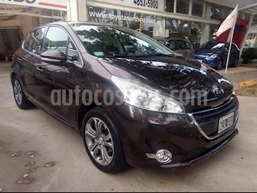 Foto venta Auto usado Peugeot 208 Feline 1.6 Pack Cuir (2014) color Rouge Noir precio $385.000