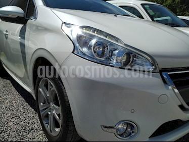 Foto venta Auto usado Peugeot 208 Feline 1.6 Pack Cuir (2016) color Blanco precio $295.000