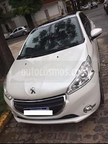 Foto venta Auto usado Peugeot 208 Feline 1.6 Pack Cuir (2016) color Blanco Nacre precio $465.000