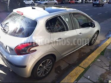 Foto venta Auto usado Peugeot 208 Feline 1.6 (2017) color Gris precio $630.000