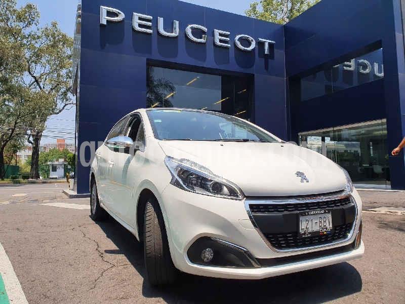 Peugeot 208 1.6L Allure Pack usado (2020) color Blanco precio $244,900