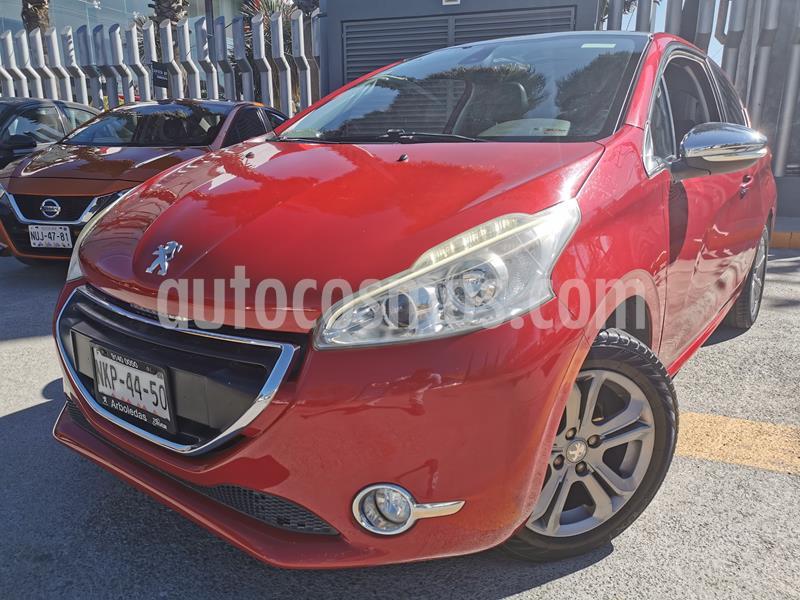 Peugeot 208 1.6L Feline usado (2016) color Rojo Rubi precio $155,000