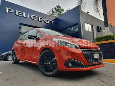 Peugeot 208 5p ALLURE 5p 1.6HDI 92hp Man ES 5Vel FLN usado (2018) color Naranja precio $209,900