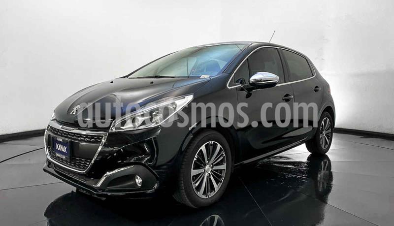 Peugeot 208 1.6L Feline usado (2017) color Negro precio $202,999