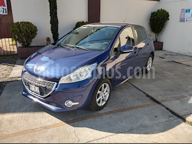 Peugeot 208 1.6L Allure usado (2016) color Azul precio $151,000