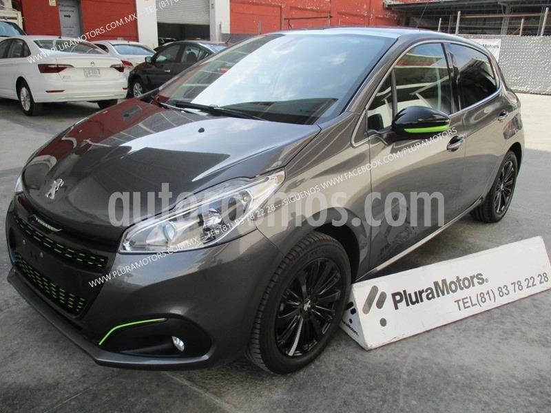 Peugeot 208 1.6L Allure Pack usado (2018) color Gris precio $214,000