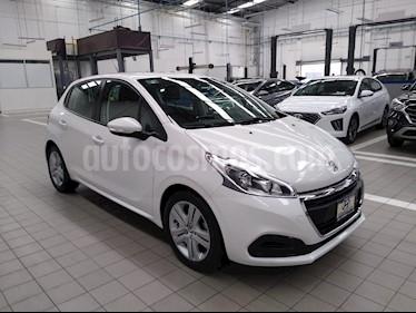 Peugeot 208 1.6L HDi Active usado (2020) color Blanco precio $235,000