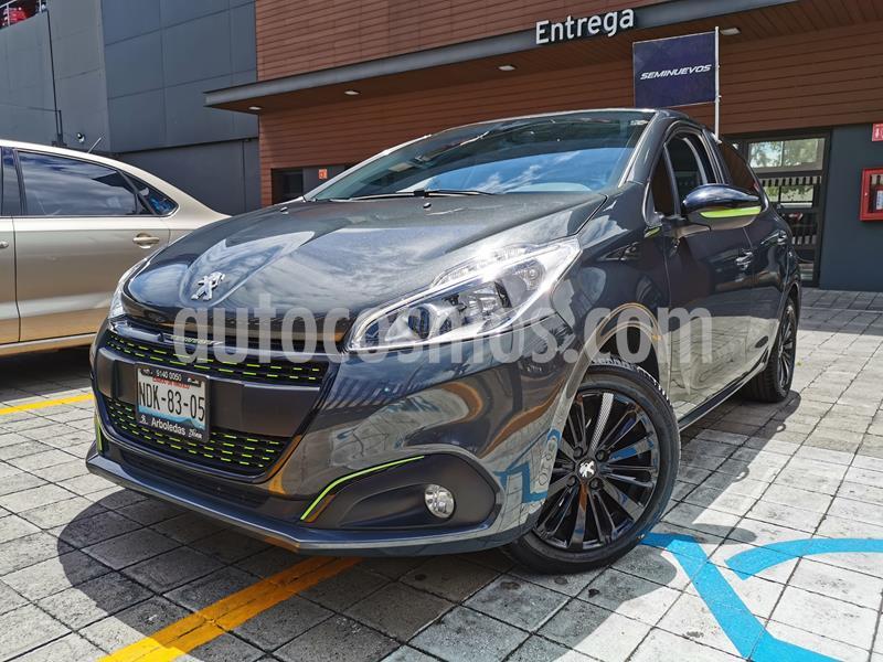 Peugeot 208 1.6L Allure usado (2018) color Gris Aluminium precio $195,000