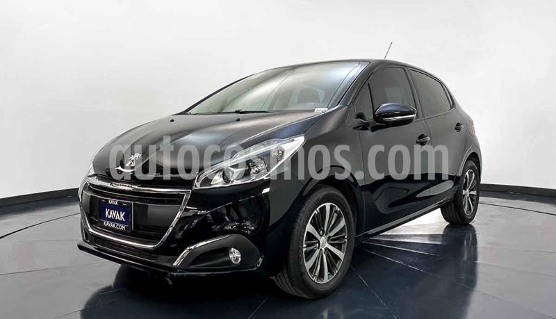 Peugeot 208 1.6L Active  usado (2016) color Negro precio $182,999