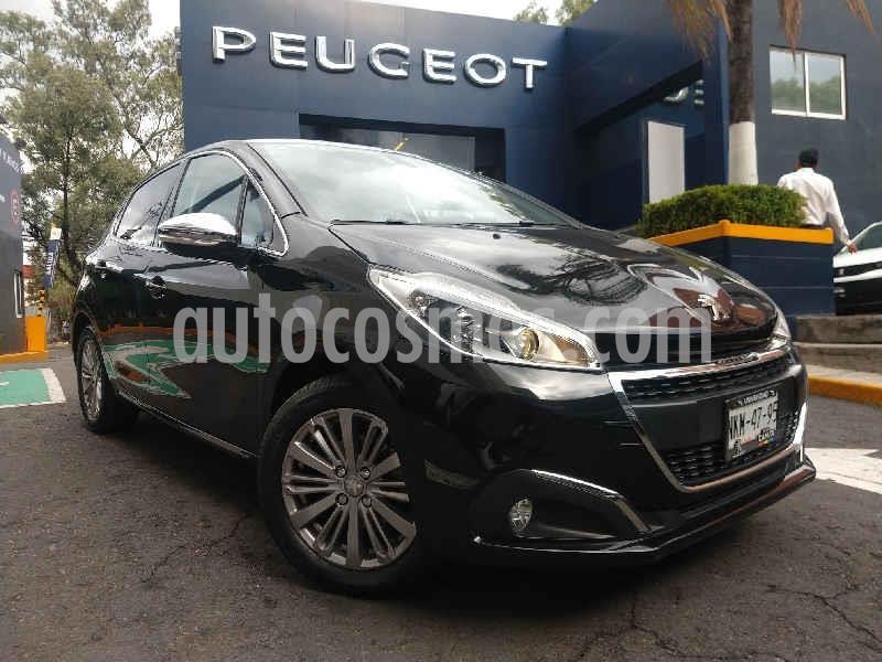 Peugeot 208 1.6L Allure Pack usado (2020) color Negro precio $262,900