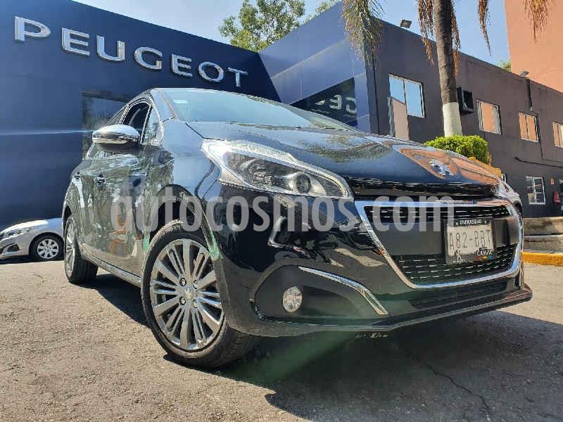 Peugeot 208 1.6L Allure Pack usado (2020) color Negro precio $259,900