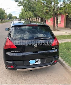 Peugeot 3008 Allure usado (2014) color Negro Perla precio $400.000