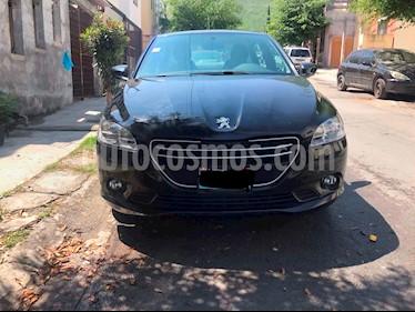 Peugeot 301 Access usado (2015) color Negro precio $135,000