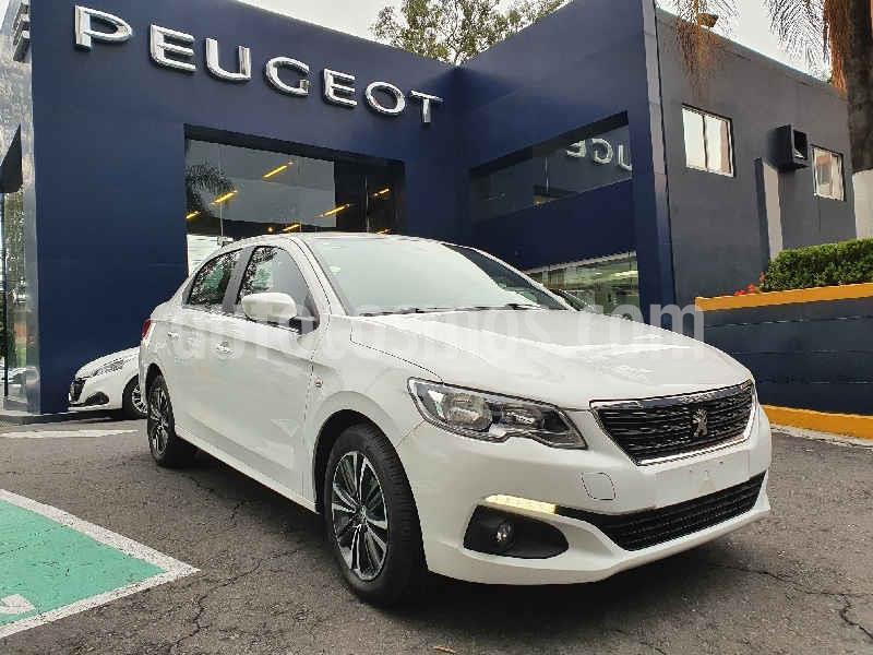 Peugeot 301 Allure Aut usado (2019) color Blanco precio $240,000