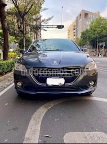 Peugeot 301 Allure usado (2016) color Gris Shark precio $169,000