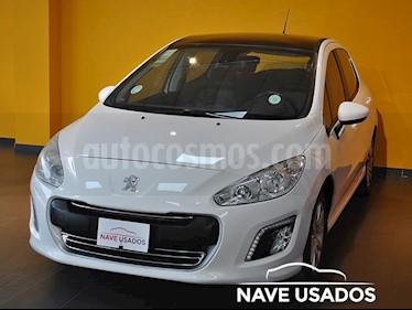 Foto Peugeot 308 Allure HDi NAV usado (2014) color Blanco precio $517.500