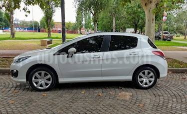 Foto Peugeot 308 Allure NAV usado (2016) color Blanco Nacre precio $490.000