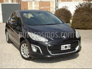 Peugeot 308 Active usado (2014) color Negro precio $270.000