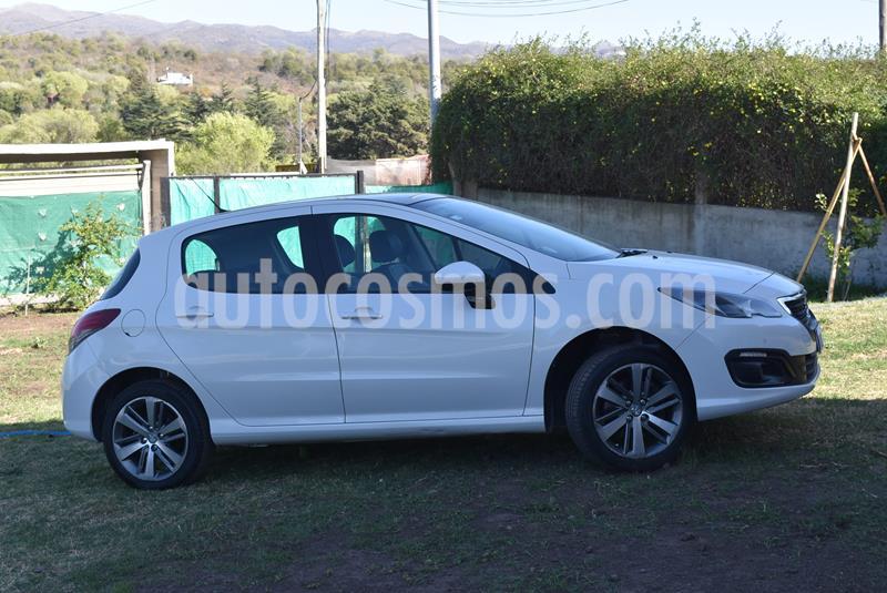 Peugeot 308 Feline THP Tiptronic usado (2017) color Blanco Nacre precio $1.200.000