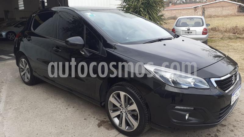 Peugeot 308 Feline HDi usado (2018) color Negro precio $1.600.000