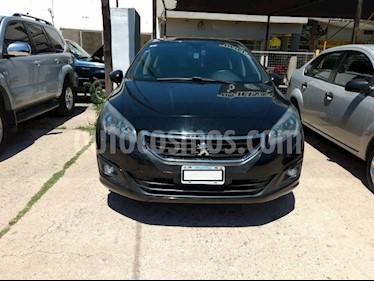 Peugeot 308 Active usado (2015) color Negro precio $570.000