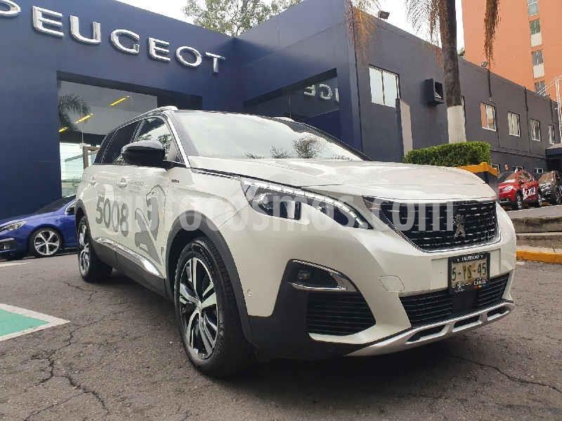 Peugeot 5008 GT Line usado (2020) color Blanco precio $640,000
