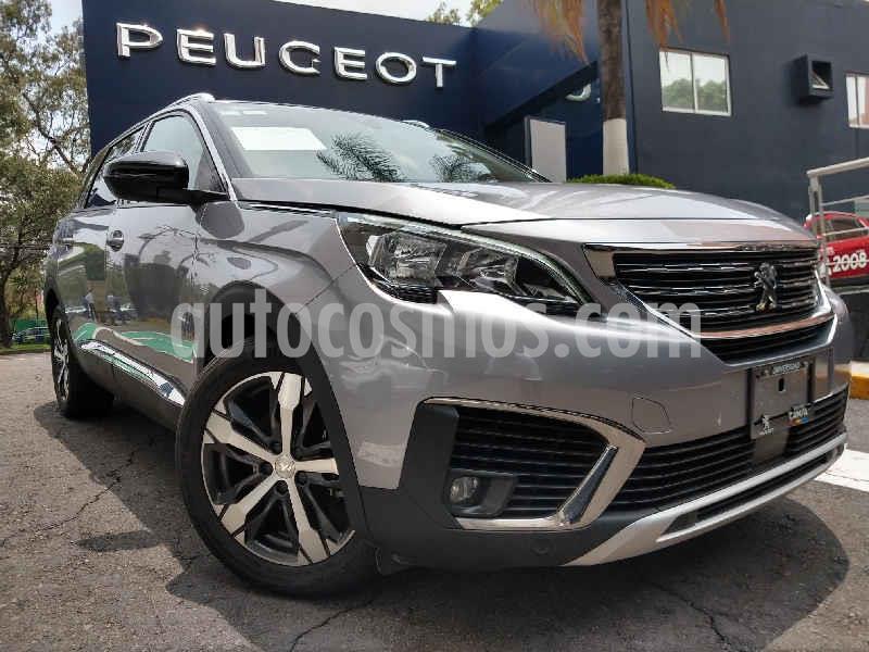 Peugeot 5008 Allure Pack usado (2019) color Gris precio $430,900