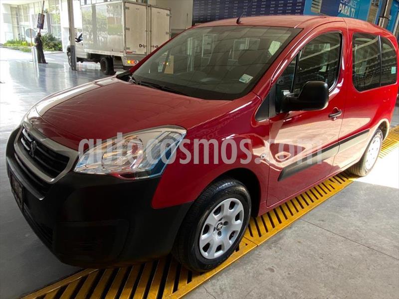 Peugeot Partner Tepee 5 pas. usado (2017) color Rojo precio $199,900