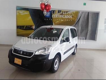 Foto Peugeot Partner Tepee 5 pas. usado (2017) color Blanco precio $223,900