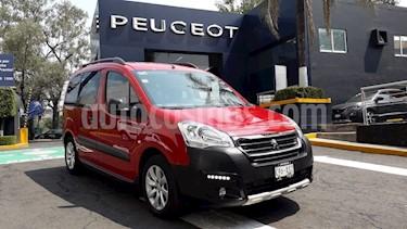 Foto venta Auto usado Peugeot Partner Tepee Outdoor 7 pas. (2018) color Rojo precio $274,900