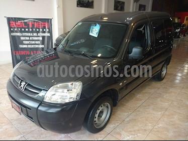 foto Peugeot Partner Patagonia 1.6 HDi VTC Plus usado (2012) color Gris Oscuro precio $485.000