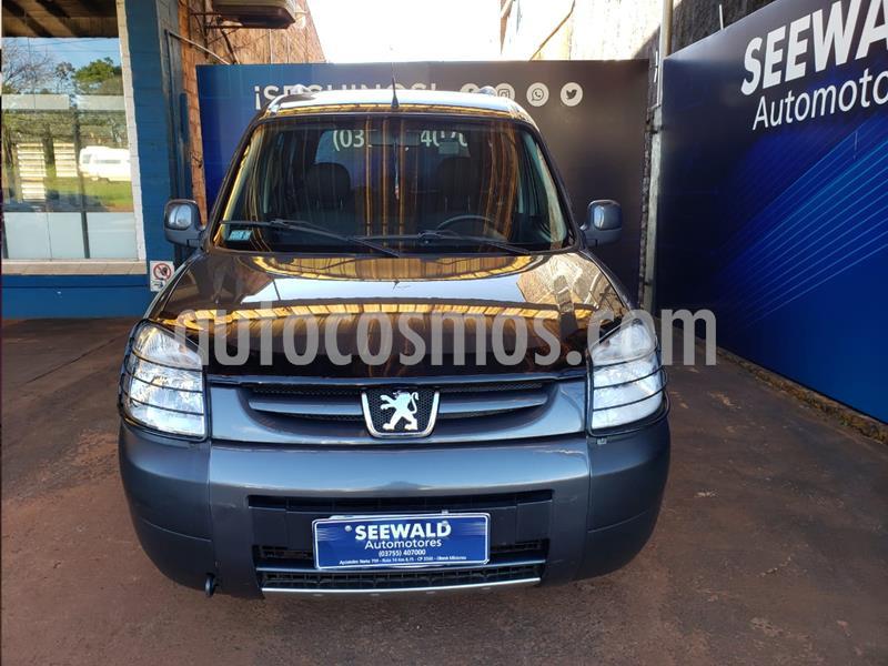 Peugeot Partner Patagonica 1.6nafta 110cv Vtc usado (2013) color Gris Oscuro precio $940.000