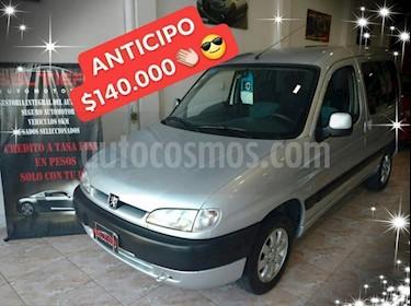 Foto venta Auto Usado Peugeot Partner Furgon 1.9 DSL Full 800kg PLC (2010) color Gris Claro precio $140.000