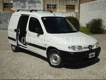 foto Peugeot Partner Furgón 1.9 DSL PLC usado (2009) color Blanco precio $140.000